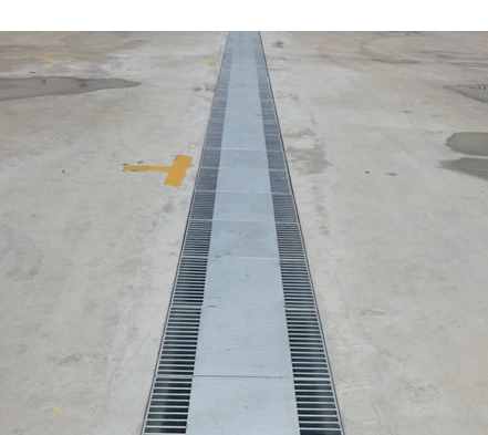Heavy Duty Flat Bar Grating With Centre Mild Steel Plate